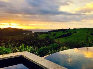 Te Muri Ridge Luxury Accommodation - Leigh vacation rentals