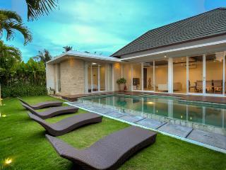Villa Umah Putih Canggu - Canggu vacation rentals