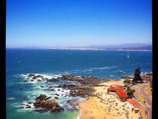 BEACHFRONT APT. - CONCON VALPARAISO - Concon vacation rentals