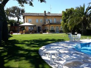 VITTORIA HOUSE - Civitanova Marche vacation rentals