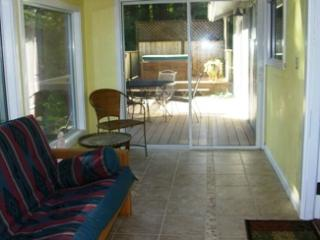 Bay Star Cottage - Bay Star - Anchor Bay vacation rentals
