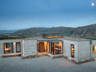 Hill House Queensberry, Wanaka, Cromwell, Queenstown - Wanaka vacation rentals