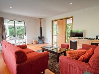 Parnella Kettering, country house accommodation - Woodbridge vacation rentals