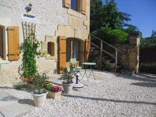 The Stable at Le Jardin des Amis - Meyrals vacation rentals
