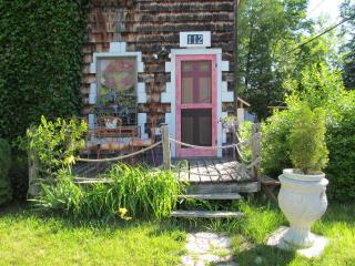 The Birds Nest at North Park West B&B, Suttons Bay - Suttons Bay vacation rentals