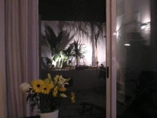 Sliema Townhouse & Garden x 6 pax - Il Gzira vacation rentals