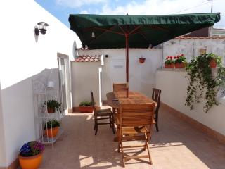 Serenè Holiday House-Monte Sant'Angelo,Puglia -ITA - Peschici vacation rentals