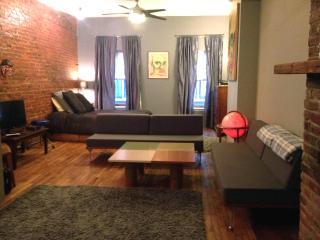 Large 3rd floor Loft on 2 nd st - Greater Philadelphia Area vacation rentals