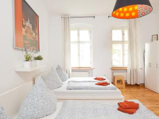HUGE APARTMENT! NEAR CENTER! 6 - Berlin vacation rentals