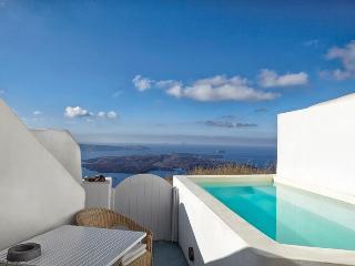Gaia-Sunset view villa in imerovigli - Santorini vacation rentals