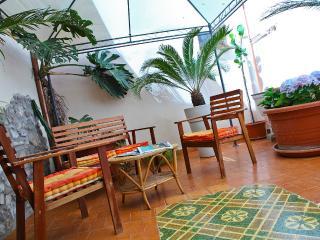 Nautilus charming apartment with patio - Cefalu vacation rentals