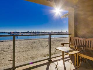 Beautiful WATER FRONT Getaway!!! - Pacific Beach vacation rentals