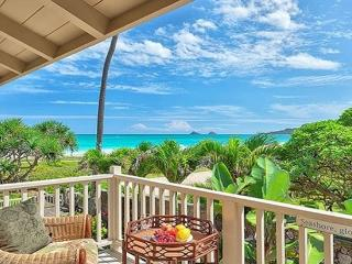 Seashore Paradise Place - 5br home, steps to beach - Kailua vacation rentals