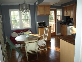 Vintage-styled home in Hip Del Ray Walk to Everyth - Alexandria vacation rentals