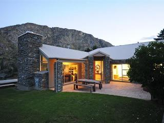 Riverview Retreat - Queenstown vacation rentals