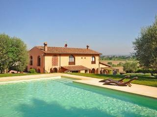 Villa with Private Pool and Easy Train Access to Florence - Villa Empoli - Lastra a Signa vacation rentals
