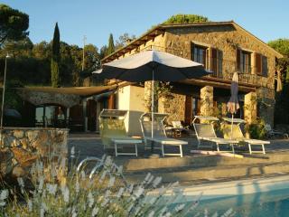 Villa Guarda Mare - Spectacular Pool with Sea View - Roccatederighi vacation rentals