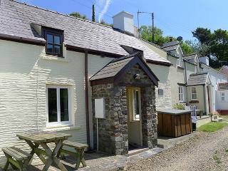 Holiday Cottage - Bryn Melin, Abercastle - Pembrokeshire vacation rentals