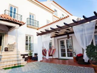 Casa do Plátano Superior Rooms - Évora vacation rentals