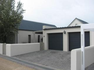 SOMERSET WEST SELFCATERING - Somerset West vacation rentals