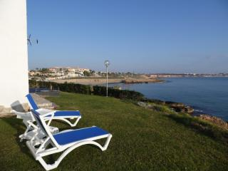 Townhouse on the edge of the sea - Alicante vacation rentals