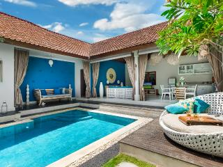 Best location in town! Funky and Cozy 4S Villas - Seminyak vacation rentals