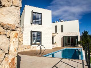 Villa Metà - Mimice vacation rentals