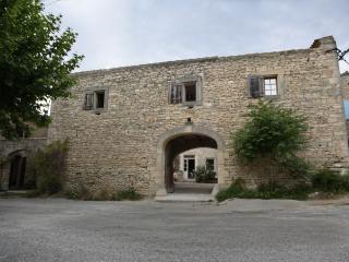 Le Loft - Villa Daesch - Gordes vacation rentals