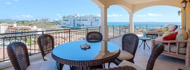 SPECIAL OFFER: St. Martin Villa 422 A Beautiful Spacious Apartment Located In The Porto Cupecoy Residence In Dutch St. Maarten. - Cupecoy vacation rentals