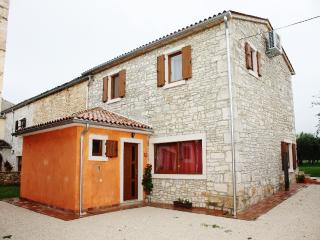 TH00147 Istrian Villa Casa Rustica Vodnjan - Manjadvorci vacation rentals