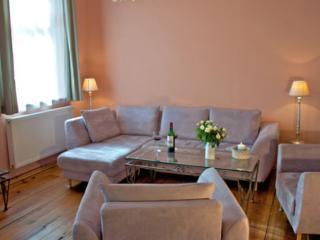 Vacation Apartment in Ringenwalde (Mark) - 1184 sqft, quiet, comfortable (# 5557) - Prenzlau vacation rentals