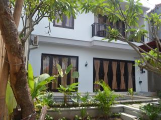 nyoman villa sanur - Sanur vacation rentals