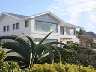 Ocean front Villa, 2-6 bedroom Cliffpath Westcliff - Stanford vacation rentals