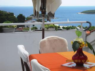 APARTMENT WITH SEA VIEW - ANA (5+2) - Hvar vacation rentals