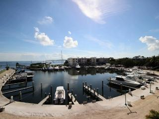 Upscale~Ocean Views~Larger Parties Approved~131 MC - Key Largo vacation rentals