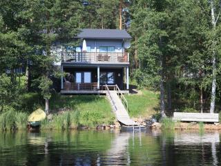 Villa Tyyrpuuri - Padasjoki vacation rentals