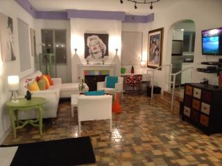 COLORS OF SOUTH BEACH - Miami Beach vacation rentals