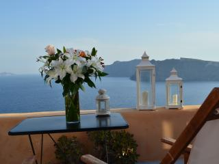 Galdera view-Godess Lethe No1 - Oia vacation rentals
