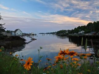 18 School Street Boothbay Harbor, ME - New Harbor vacation rentals