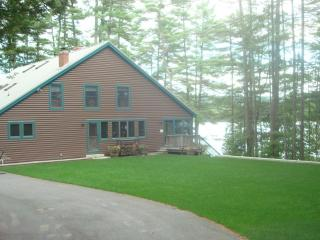 WonderfuI Family Vacations-Anniversaries-Reunions - Sebago Lake vacation rentals