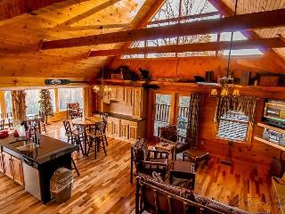 3 LEVELS OF FUN AND GLASSED IN PORCH W/VIEW! - Sevierville vacation rentals