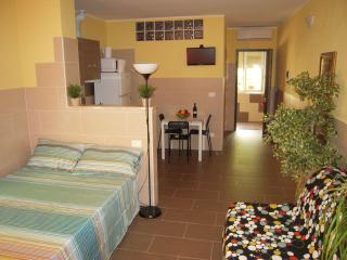 CASA VACANZE STOPPATO II - Bologna vacation rentals