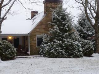 Farm House in the mountains - Crossville vacation rentals