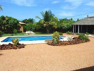 SénégalBnb NGAPAROU somptueuse villa - 3 Bungalow - Mbour vacation rentals