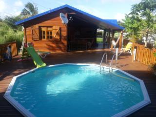 Magnifique gîte de charme à louer à 200m de la plage - Guadeloupe vacation rentals