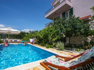 Trogir Apartment with pool in Villa - Trogir vacation rentals