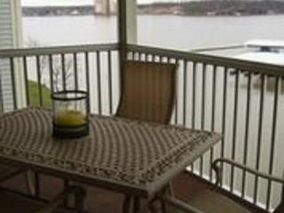 Regatta Bay - 3 Br-3 Bath -Water Front - Sleeps 6 - Lake Ozark vacation rentals