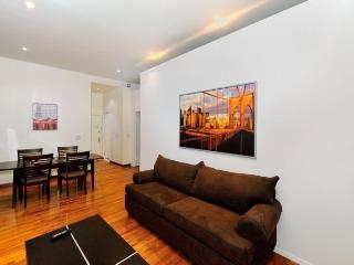 Rockefeller 3BR/2BA in Midtown Centre for 8 people - New York City vacation rentals