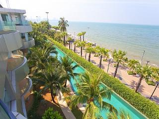Ocean Fringe Sea-View Apartment B – Luxury Accommodation in Pattaya - Nong Pla Lai vacation rentals