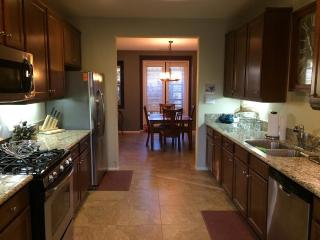 PALM DESERT BEAUTY - CLOSE TO EVERYTHING - Palm Desert vacation rentals